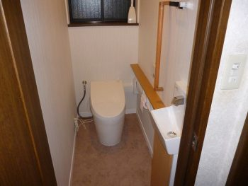 T様邸 トイレ改装リフォーム 手洗い付きタンクレストイレ
