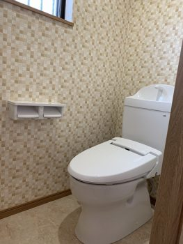 節水型トイレ 見た目もスッキリしていてお手入れが楽です
