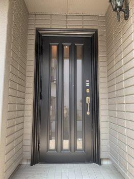 新築当初からのアルミ玄関ドア