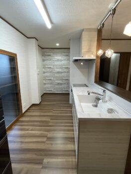 ぬくもり感じるとてもお洒落なキッチン空間が完成しました